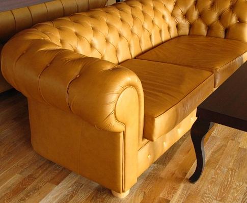Durch antike Möbel den Raum mit Leben füllen