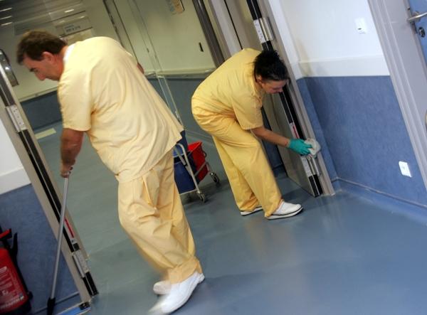 Gebäudereiniger-Handwerk - Hygiene im Krankenhaus - professionelle Reinigungsfachkräfte