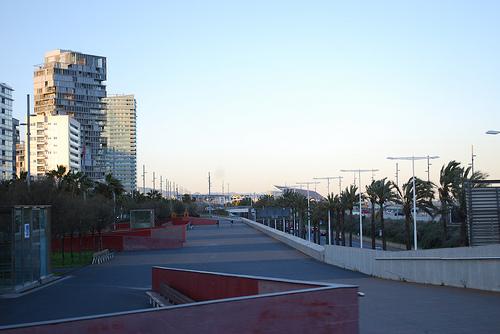 Hausrückbau von Beton-Hochhäusern