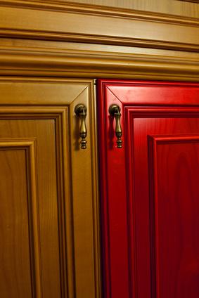 Möbel verschönern nach eigenem Geschmack - Bild: © woodworm - Fotolia.com