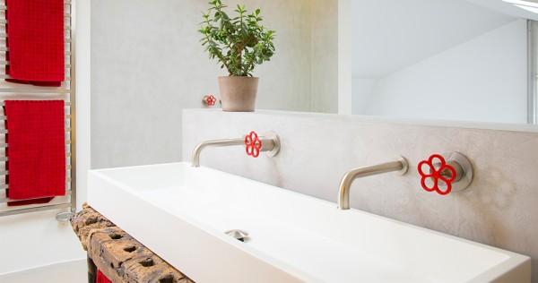 Modernes Waschbecken aus Corian