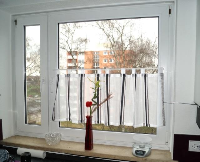 vorh nge f r das fenster die wahl der richtigen gardinen bauen und gestalten. Black Bedroom Furniture Sets. Home Design Ideas