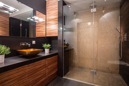 Bild 1: Moderne, ebenerdige Dusche