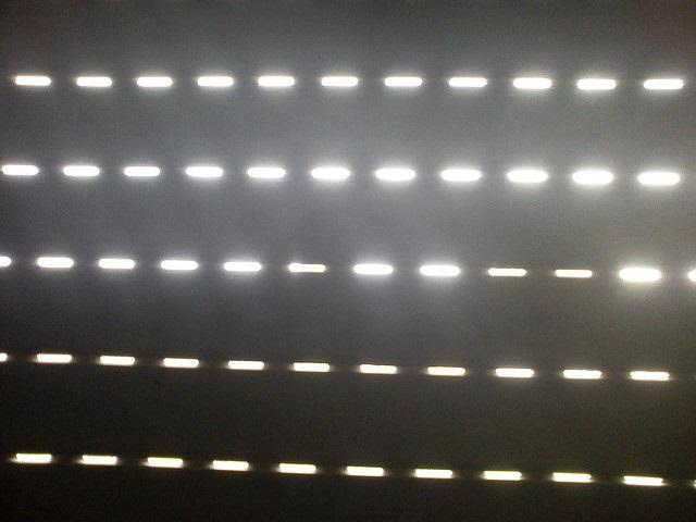 Rollläden, Markisen und mehr: Den passenden Hitzeschutz fürs Fenster finden