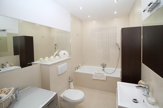 Altersgerechte Badsanierung mit viterma: Ein barrierefreies Bad in 24h