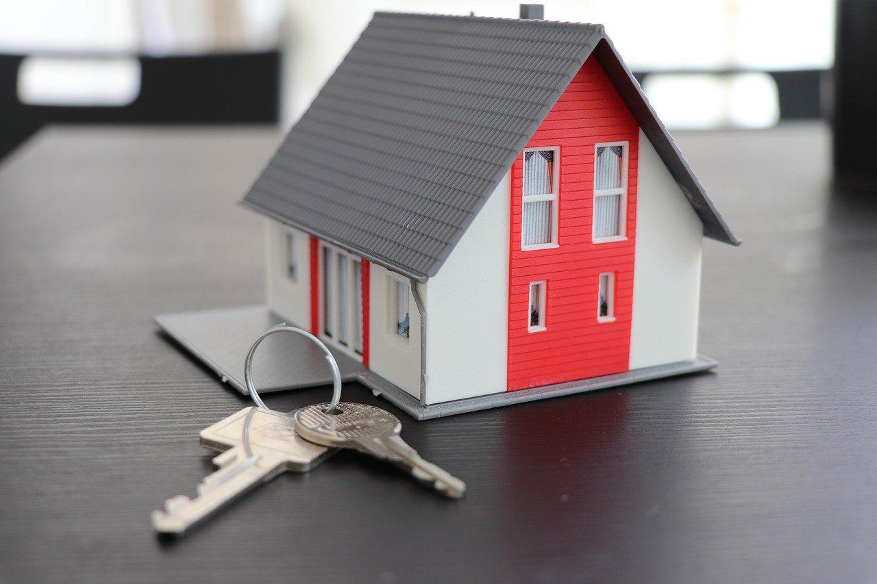Ratgeber zum reibungslosen und erfolgreichen Hausverkauf